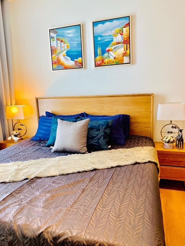 Park 24 - 2 bed 1 bath - floor 48