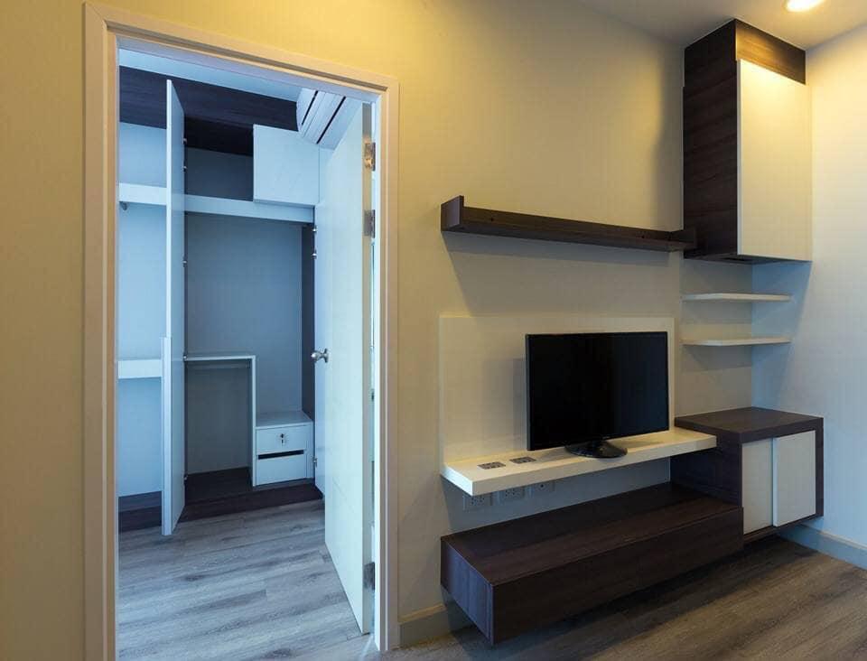 Centric Sathorn-St.Louis - 1 bed - floor 13 Corner room