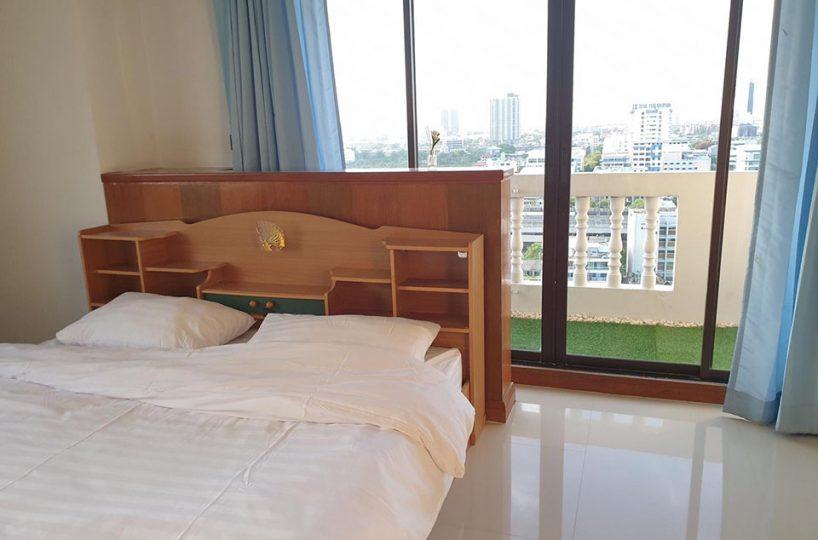 JC Tower - 2 bed 2 bath - floor 18