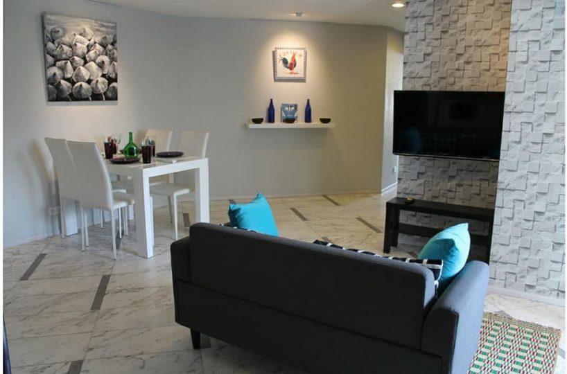 S224 - Beverly Tower - 2 bed 2 bath - floor 2