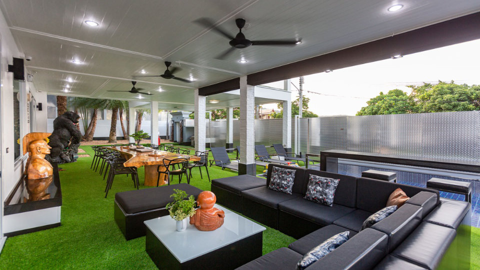 Living Sitting Area - Villa Hotel Rawai Phuket - 7 beds 7.5 baths