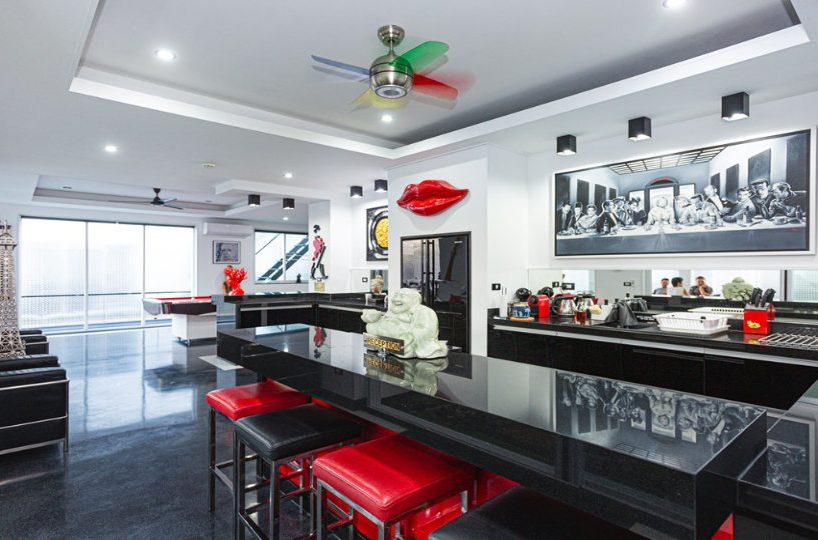 Open Kitchen Bar - Villa Hotel Rawai Phuket - 7 beds 7.5 baths