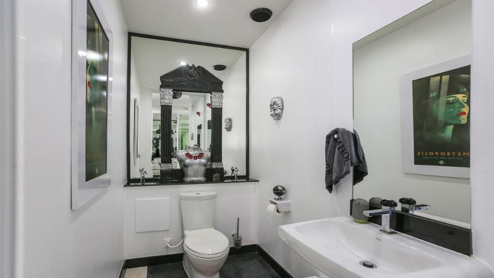 Bathroom 1 - Villa Hotel Rawai Phuket - 7 beds 7.5 baths