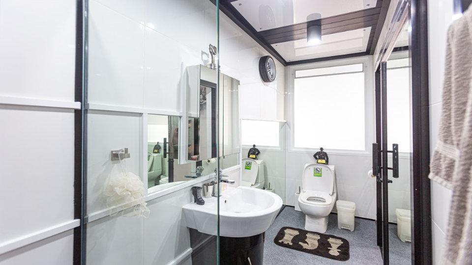 Bathroom 7 - Villa Hotel Rawai Phuket - 7 beds 7.5 baths