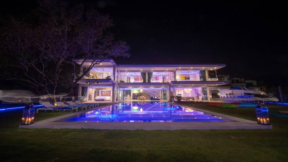 By Night - Villa Enjoy Patong Beach Phuket