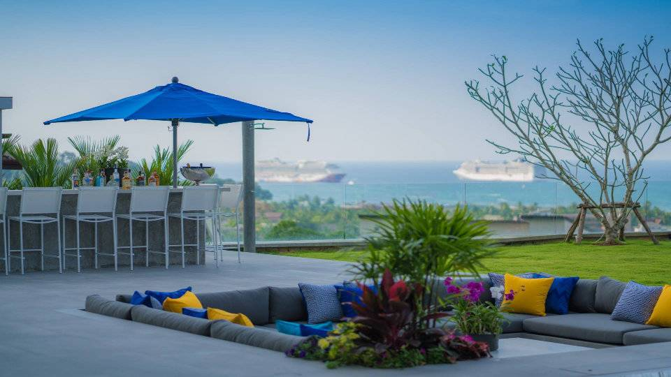Pool Relaxing - Villa Enjoy Patong Beach Phuket