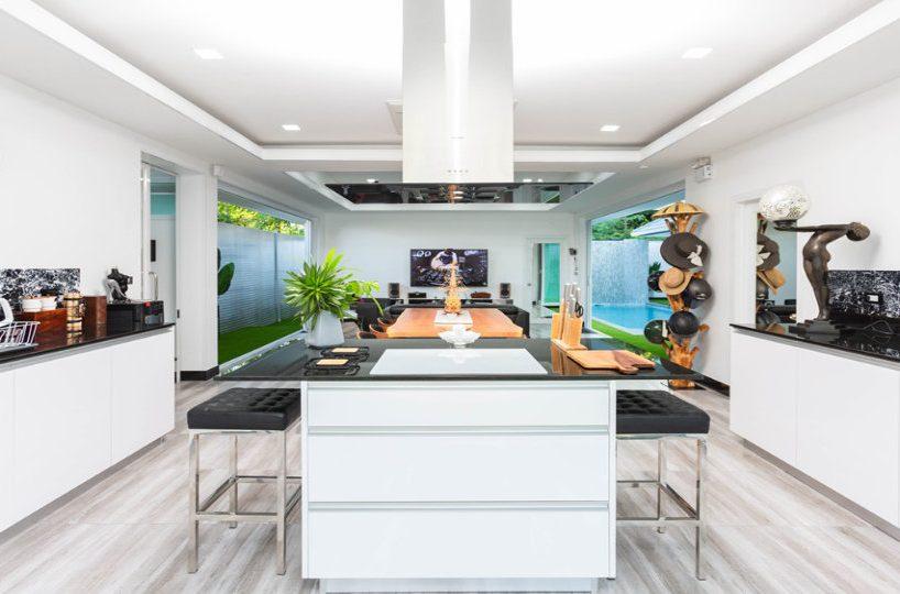 Built-In Kitchen Island - One-Story Pool Villa Rawai 4 beds 4 baths