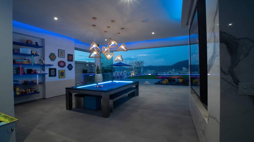 Pool Tabel by Night - Villa Enjoy Patong Beach Phuket