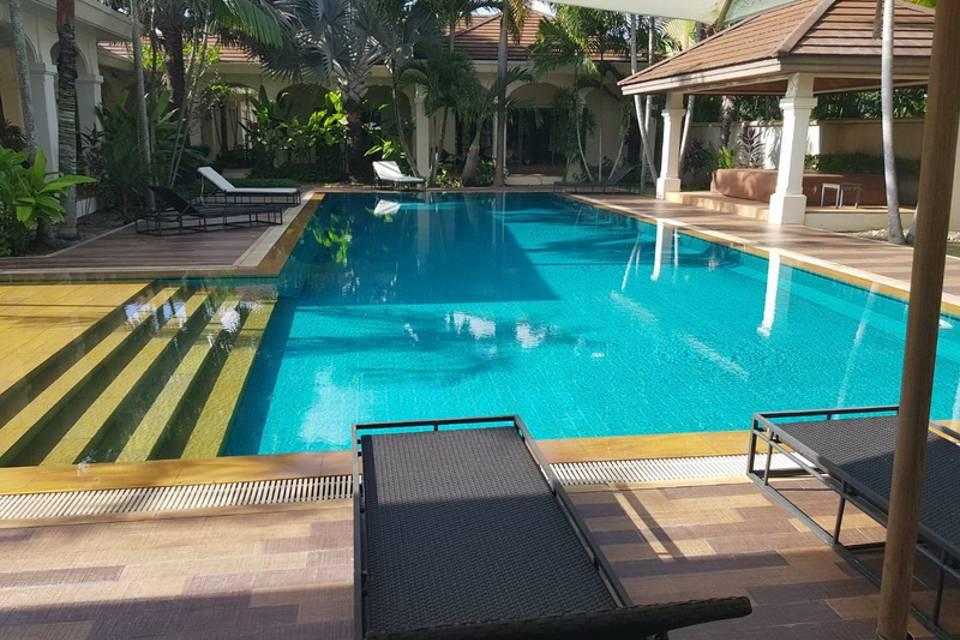 Sun Deck - Villa NamChai Rawai