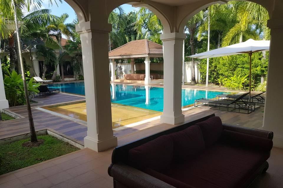Relax Area - Villa NamChai Rawai