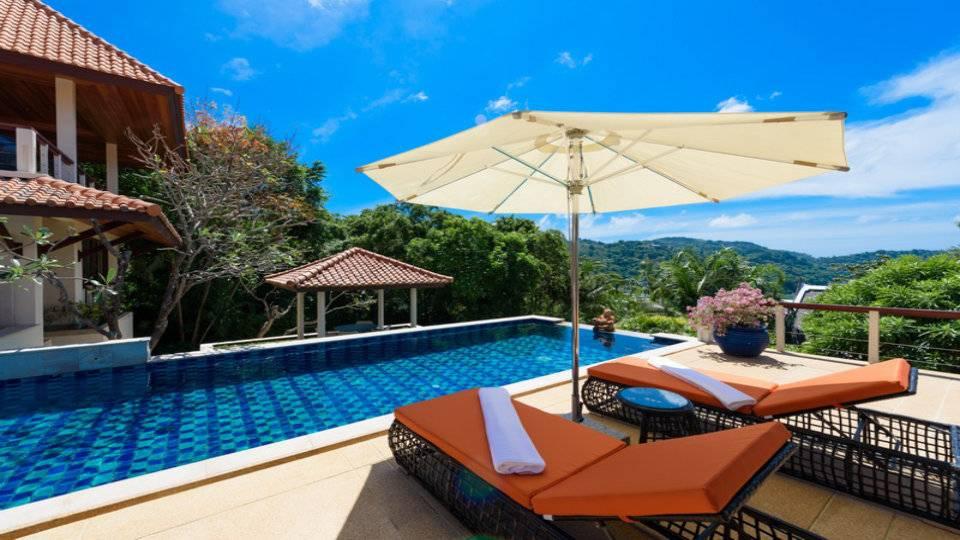 Sun Lounge Deck