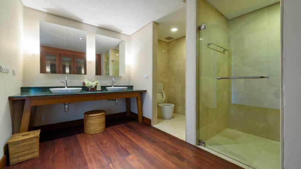 Bathroom Separate Showers