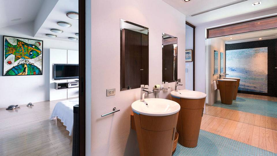 Bathroom with Great Water Bowls
