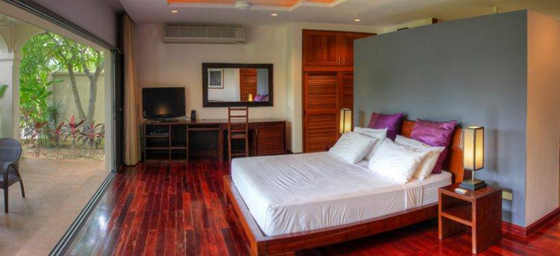 Bedroom Master - Villa NamChai Rawai