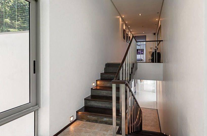 Staircase - Villa Dao Tiem