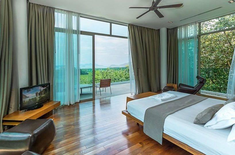 Bedroom 2 Overview - Villa Dao Tiem